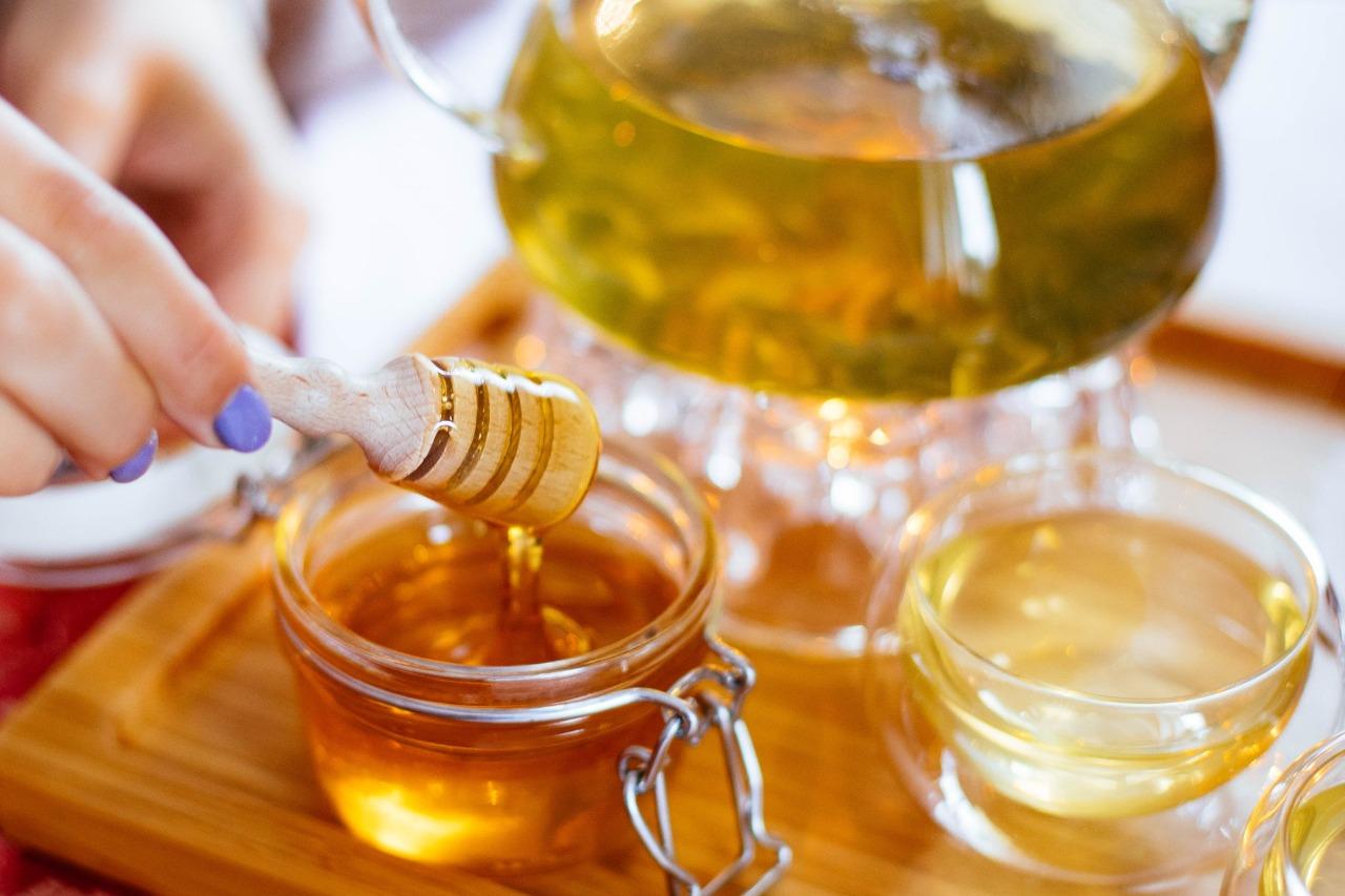 蜂蜜生薑茶|暖心暖胃,秋冬潤肺兼驅寒